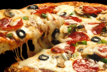 supreme-pizza-619133_1920